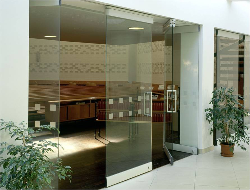 Modernfold Glass Wall Systems