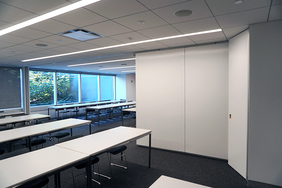 Encore Paired Panels classroom partitions