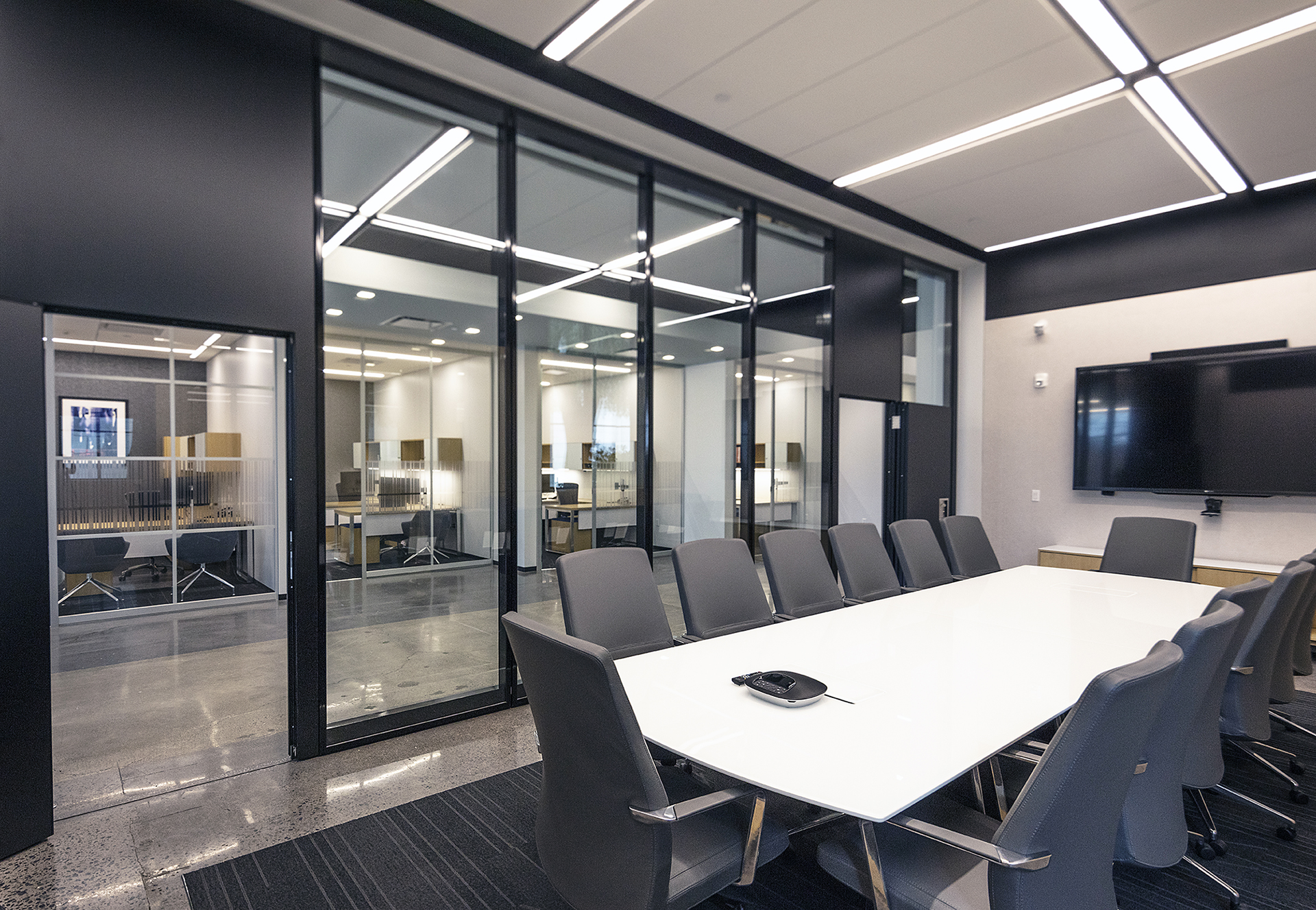 Modernfoldstyles Showroom Large Conference Room Glass Walls And Operable Partitions By Modernfoldstyles