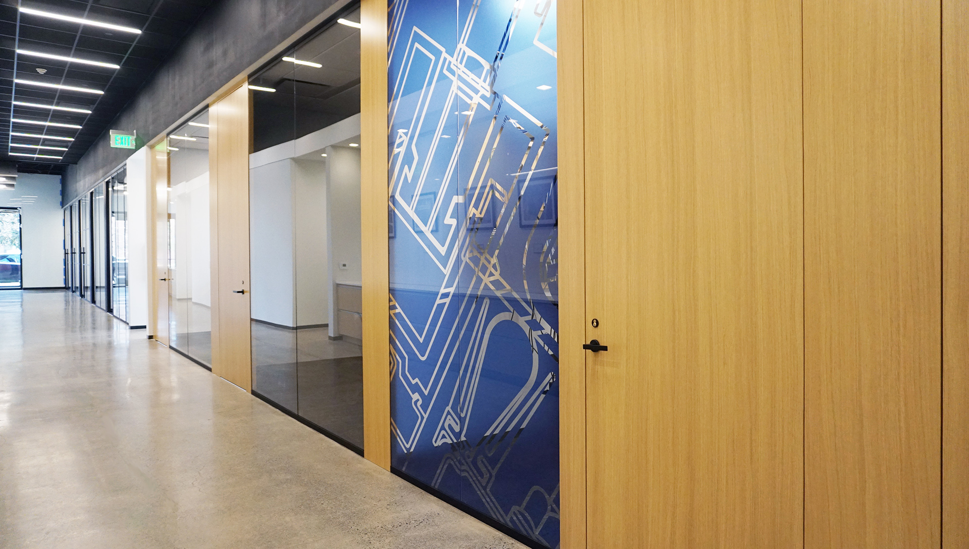 ModernfoldStyles Showroom Modernus wood + glass wall system