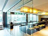Klein Extendo Telescopic Synchronized Glass Doors