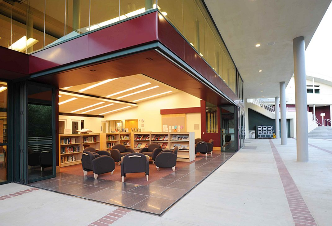LaCantina Aluminum Folding Glass Doors