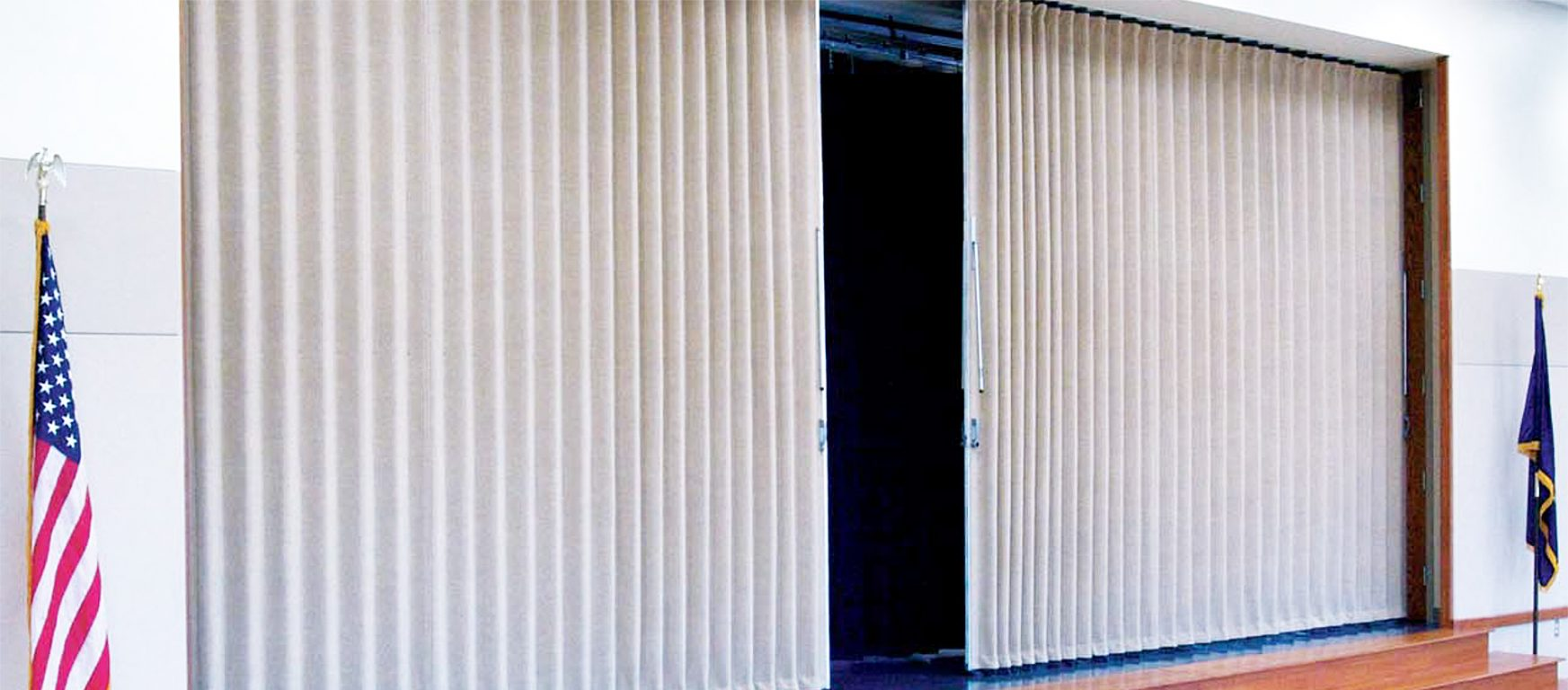 Modernfold Accordion Partition