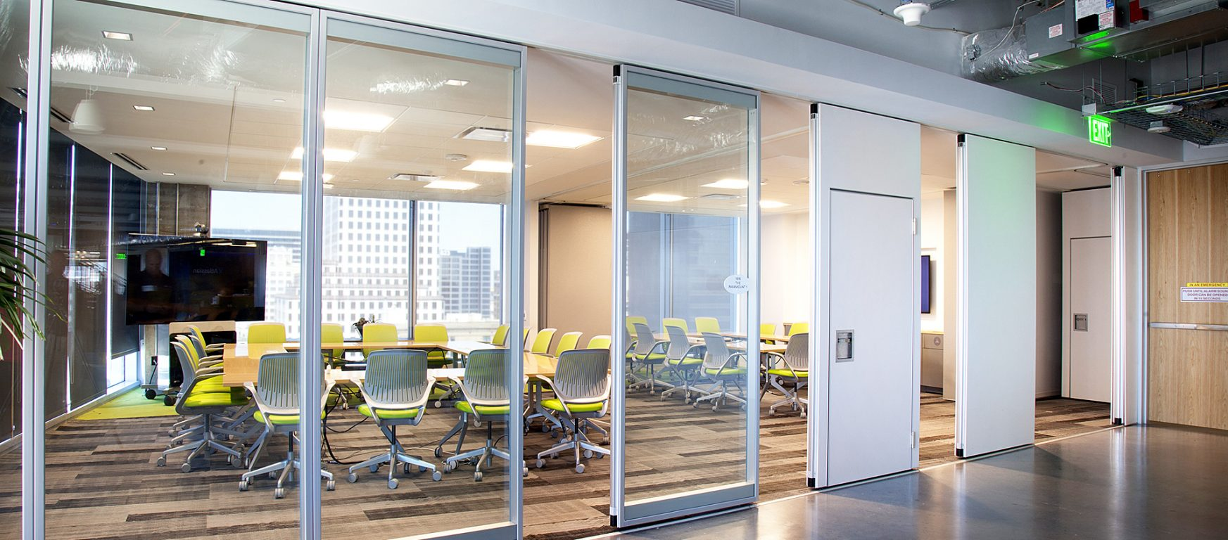 modernfold acousti-clear glass and solid room partition