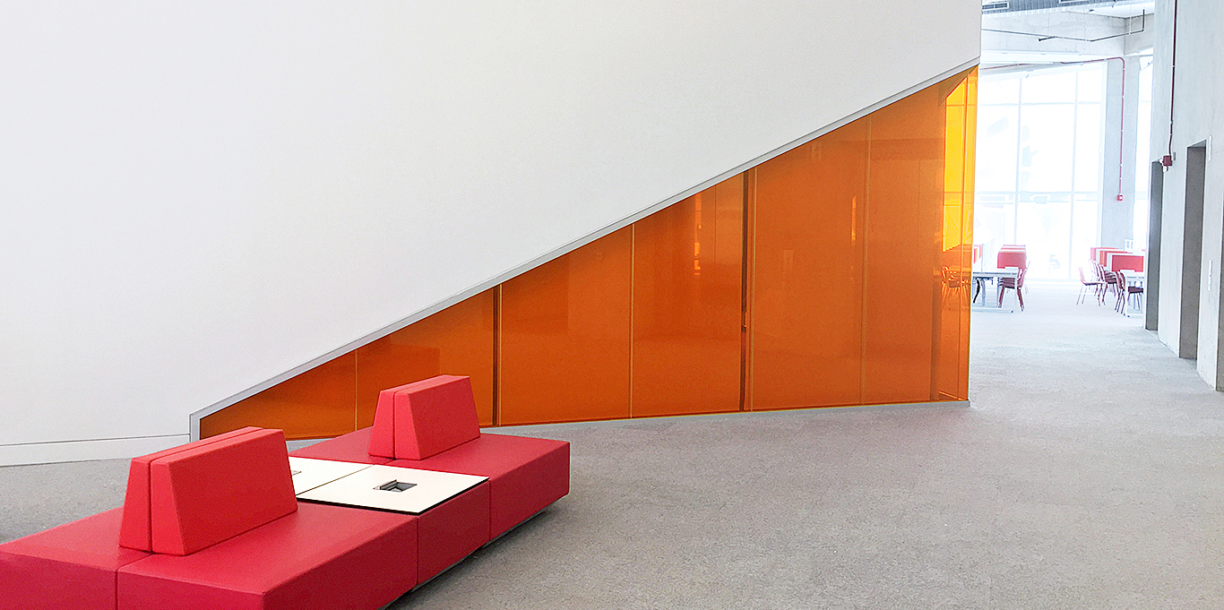 Operable partitions glass wall systems modernfoldstyles for Folding window wall systems