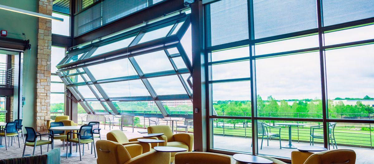 Renlita S-2000 Hingeway Vertical Glass Doors