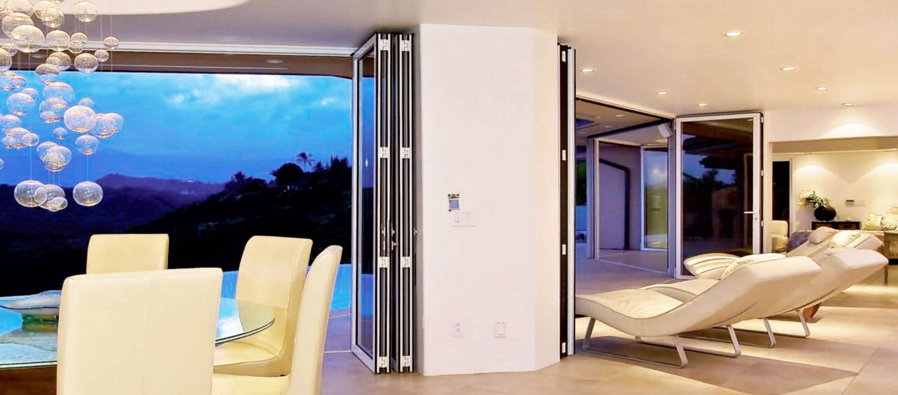 Sunflex SF 75H framed glass doors